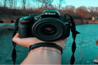 Best DSLR Camera and Smartphone with Great reviews, Visit now